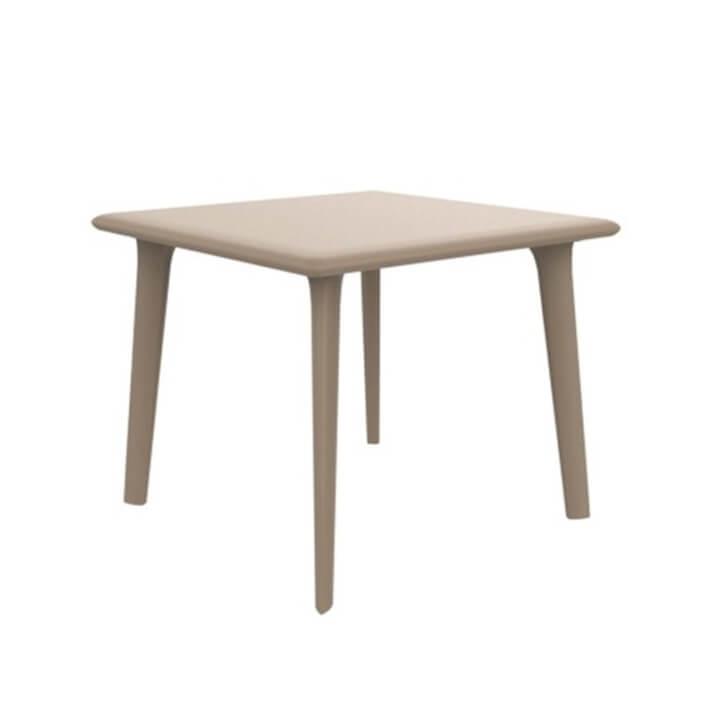 Table carrée sable New Dessa de Resol