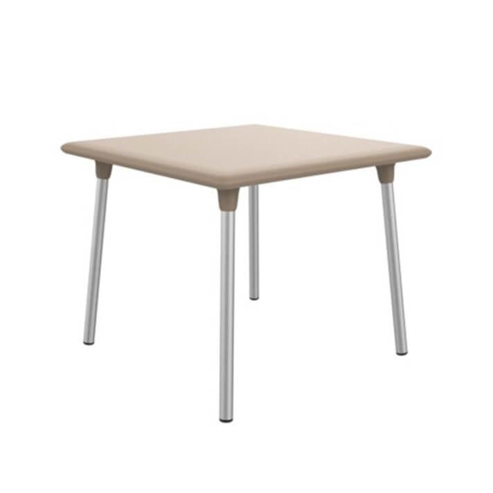 Table carrée de couleur sable New Flash de Resol
