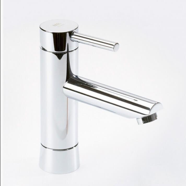 Rubinetto miscelatore per lavabo becco alto DELTA 06